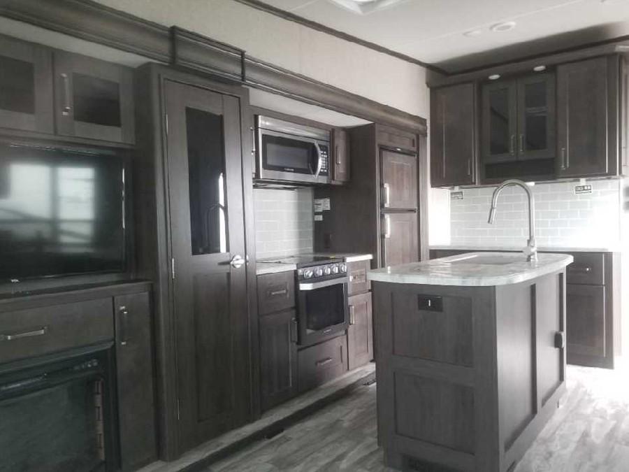 2020 Grand Design RV Reflection 150 Series 295RL 7