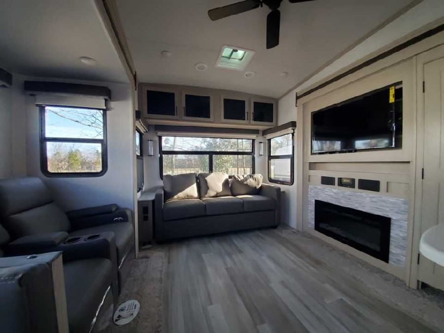 2021 Forest River RV Rockwood Ultra Lite 2883WS 4