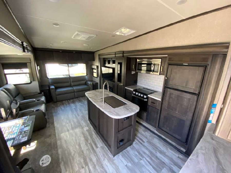 2021 Grand Design RV Reflection 150 Series 295RL 3