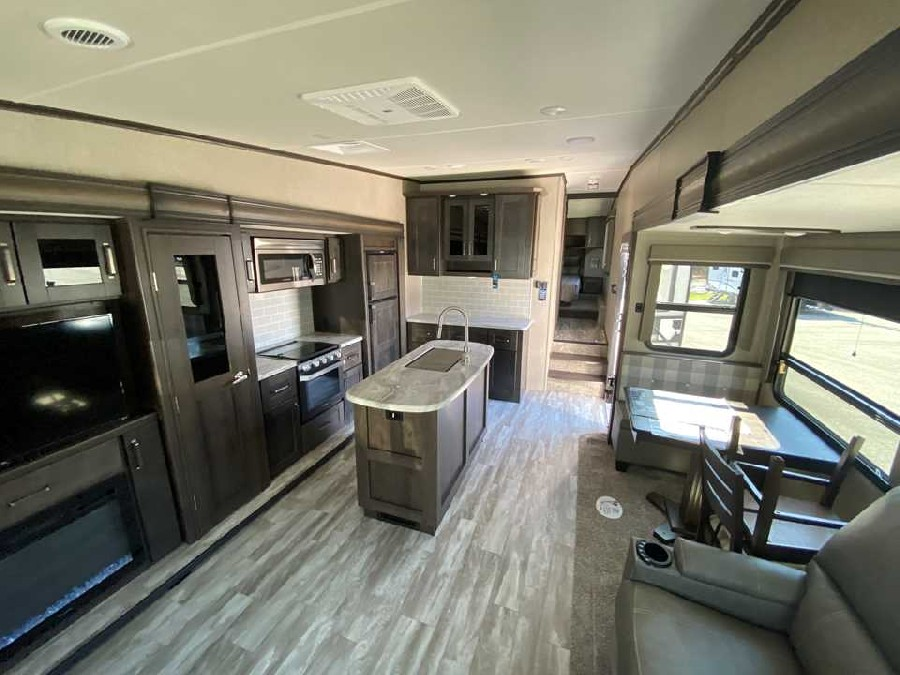 2021 Grand Design RV Reflection 150 Series 295RL 5